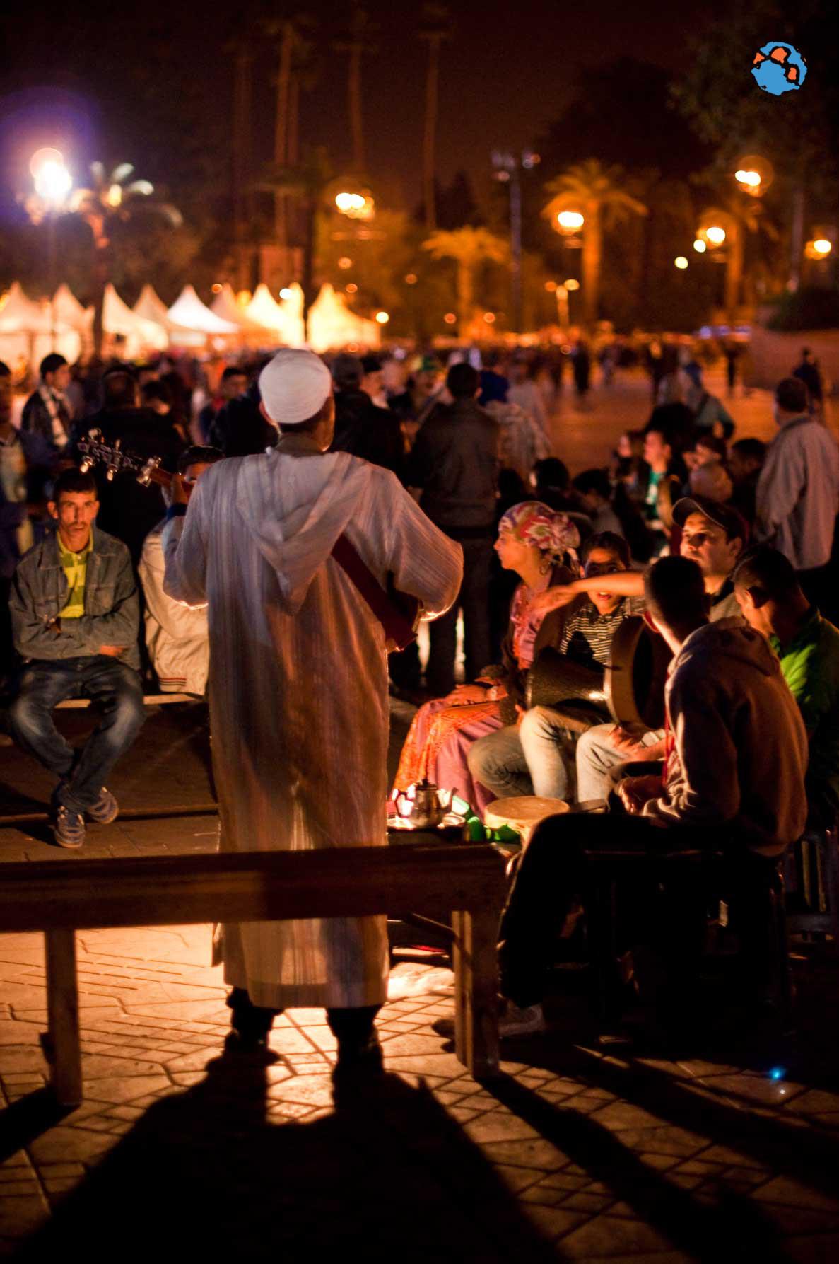 Músico en Djamaa el fna Marrakech