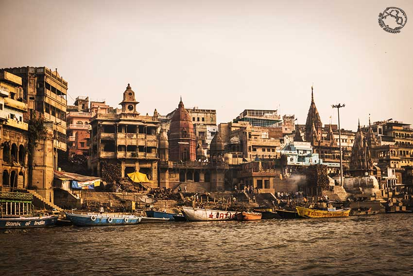 Varanasi y el Ganges en India