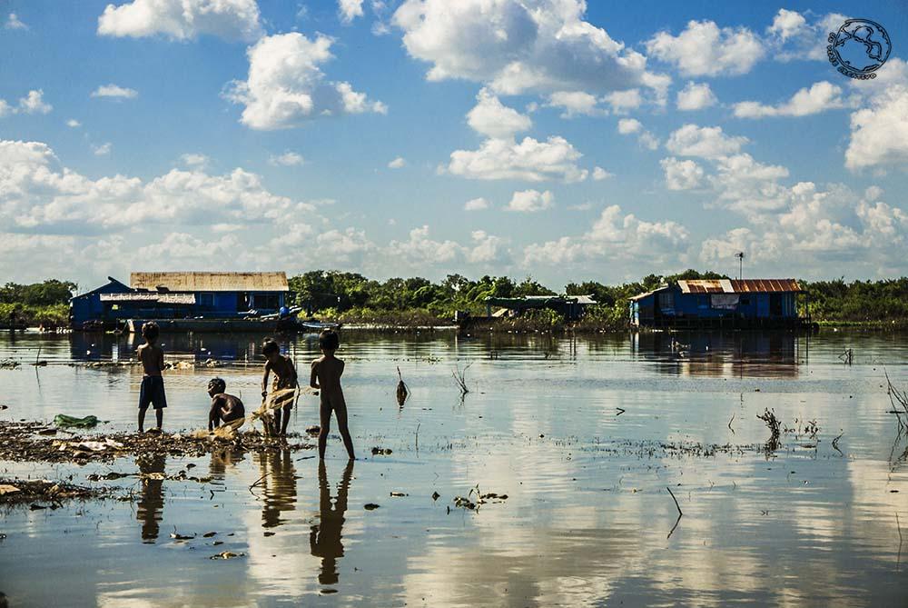 Pueblo flotante Kompong Luong