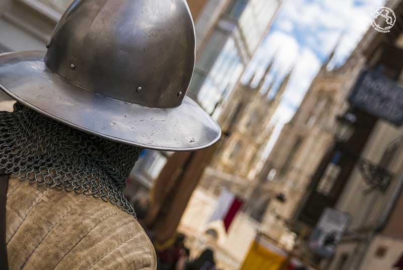 Acercándose a la Catedral de Burgos