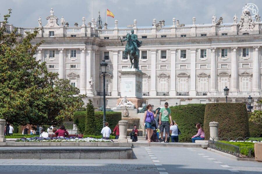 Palacio Real, una de las principales cosas que ver en Madrid