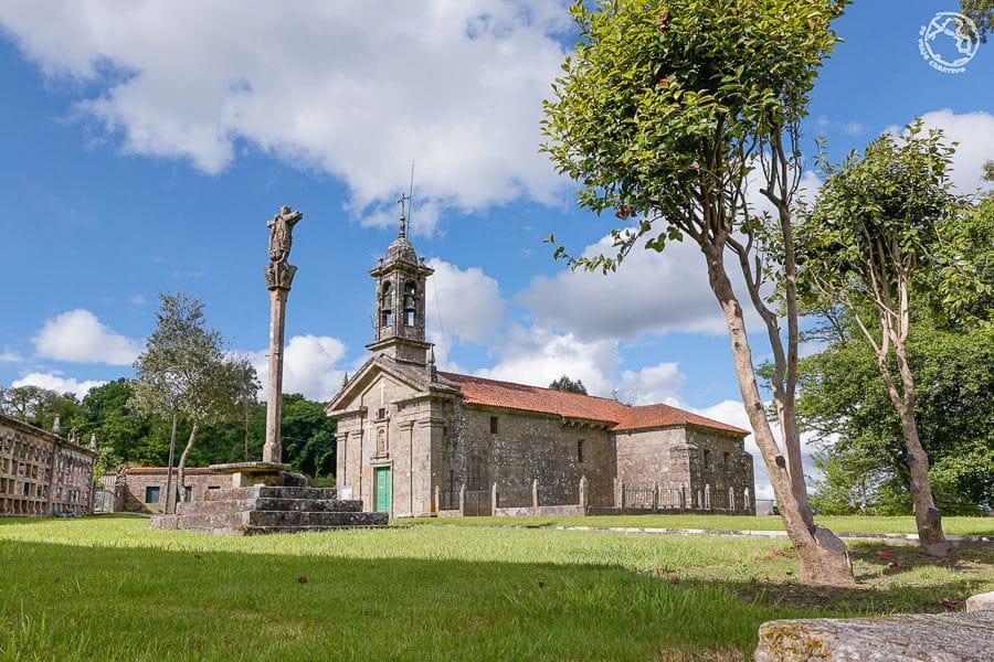 Que ver en Trazo, iglesia parroquial de San Cristovo de Xavestre