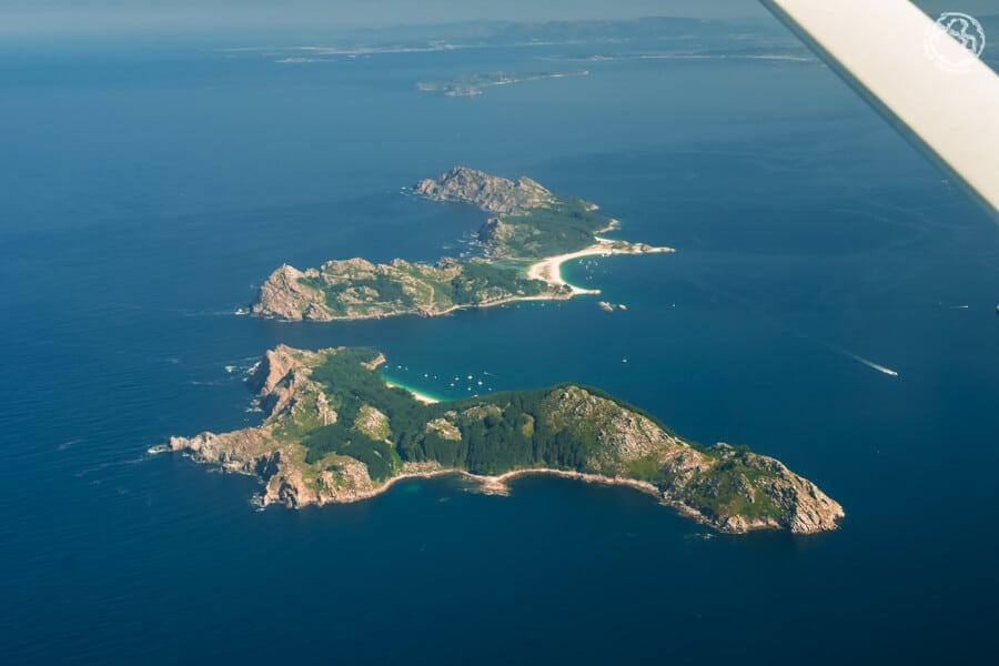 visitar islas Cíes en avioneta