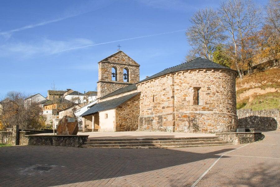Iglesia de San Juliano de Robles de Laciana