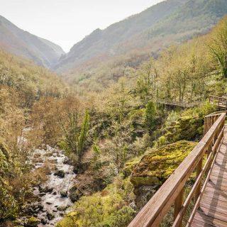 Pasarelas del río Mao y ruta del cañón del río Mao
