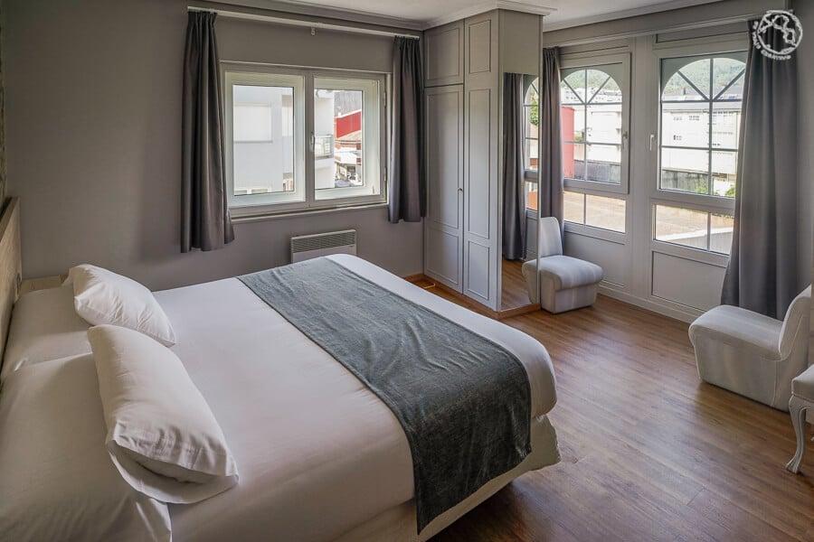 Hotel en Cee La Marina
