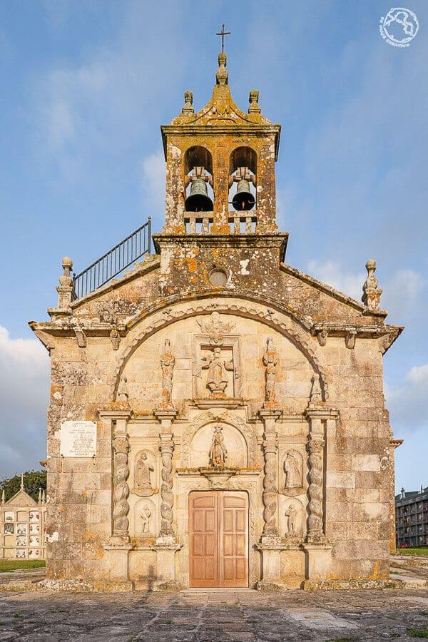 Iglesia Santiago de Traba Barroco